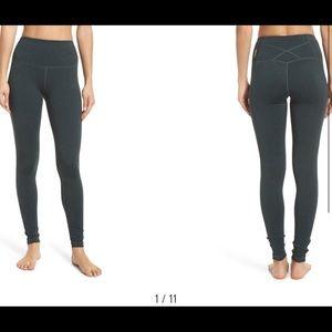 Zella live in high waist legging black XS